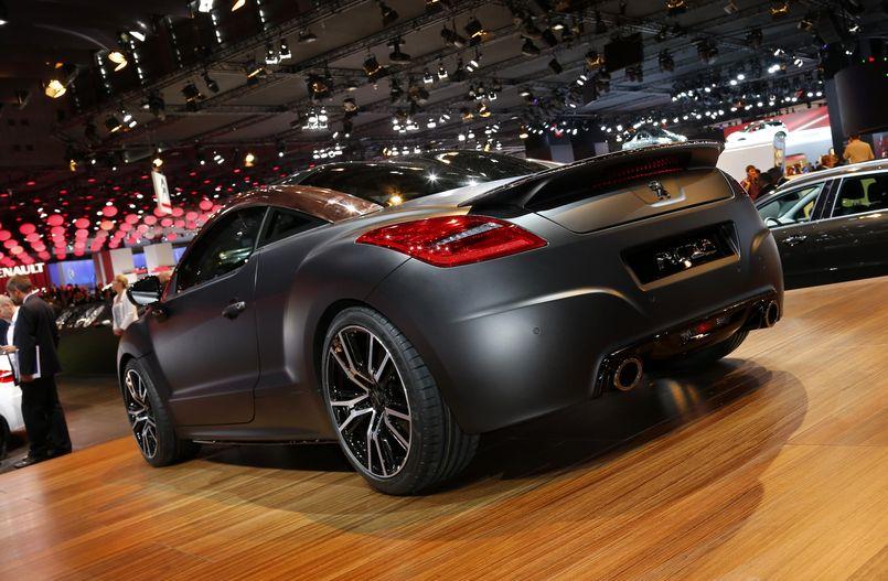 Спортивный Peugeot R concept