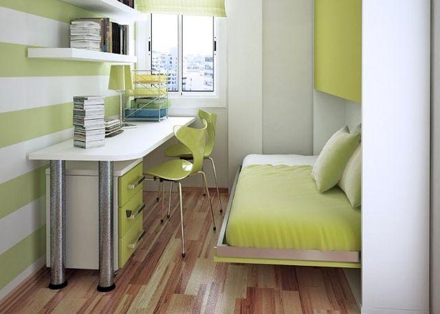 Выдвижная кровать в маленькой спальне