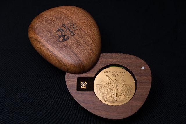 Золотая медаль Rio 2016 в коробке