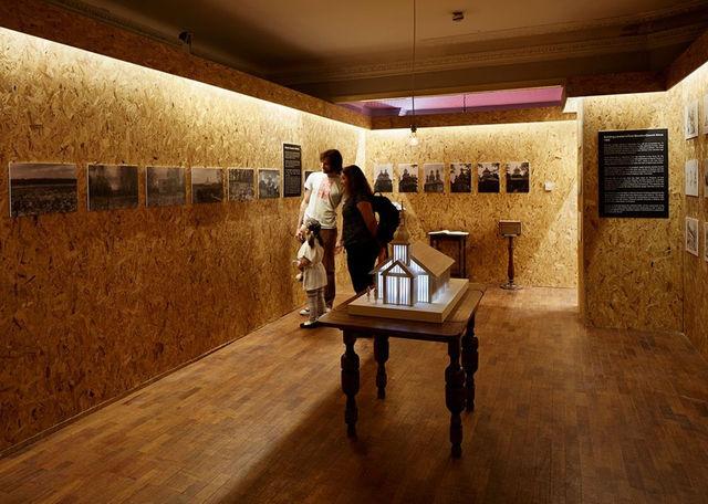 Выставка памяти жертв Чернобыля